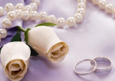weddingroses and rings